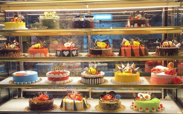 Nam Hương Bakery & Coffee - Lê Hoàn