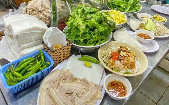Bi Mỹ Chợ Cồn - Bánh Tráng Thịt Heo - Bún Mắm & Nước Ép