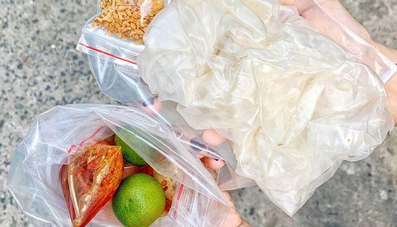 Trâm Baby - Bánh Tráng Muối Nhuyễn Sa Tế