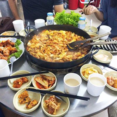 Top 5 quán gà Hàn Quốc ngon tại Hà Nội