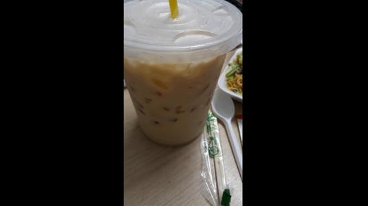 Đồ ăn ngon trà sữa dở