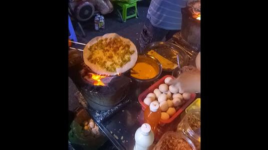 Hiền - Bánh Tráng Nướng & Trứng Cút Nướng - Chợ Đêm Ninh Kiều