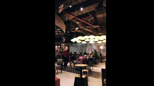Highlands Coffee - AEON Mall Long Biên