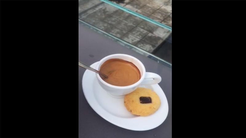 Tòa Khâm Cafe & Restaurant