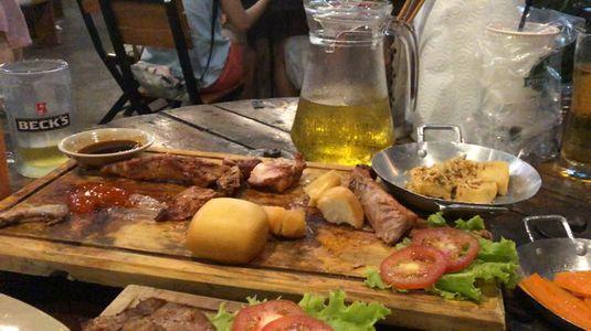 BBQ Ủn Ỉn - Sườn Heo Xông Khói