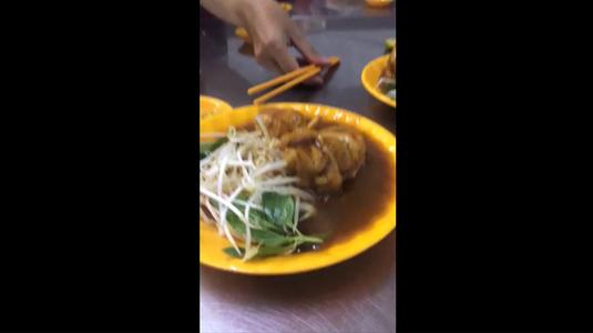 Bánh tằm cay hẻm Vĩnh Quang