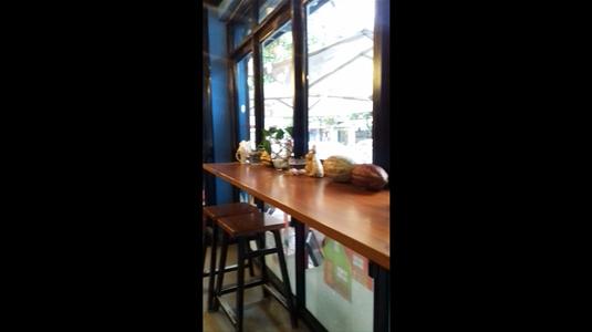 Azzan Coffee Shop quán caffee yên tĩnh. Đồ uống ngon