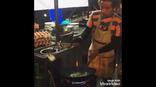 Khao Kha Moo Chang Phueak (ข้าวขาหมูช้างเผือก)