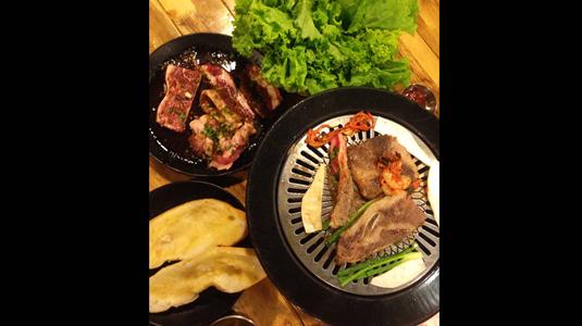 Ăn thịt nướng chuẩn Hàn mà chỉ mất 100k/ người