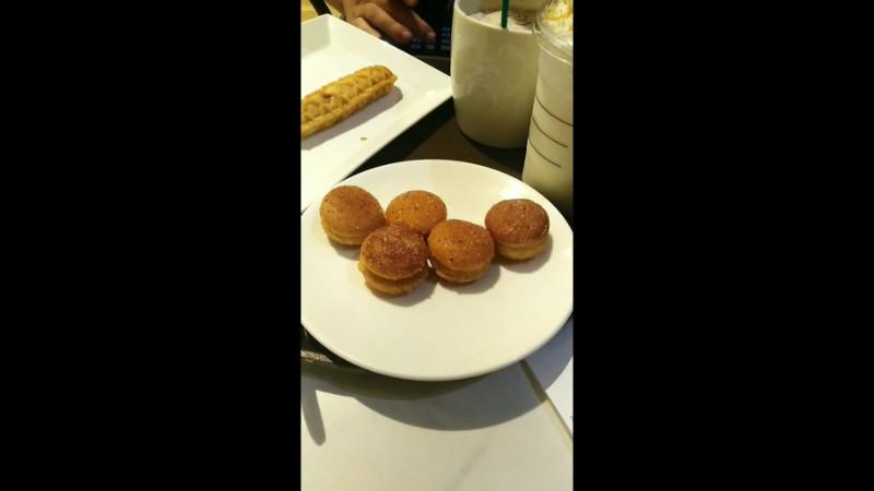 First time at Starbucks IBis sân bay ✈️