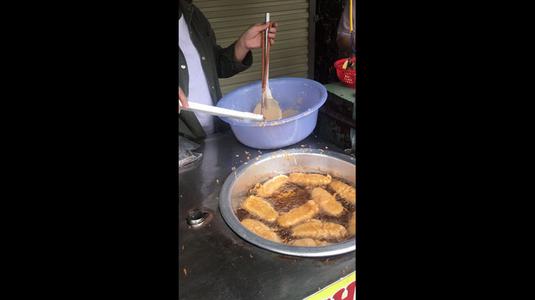Bánh Cam - Bánh Chuối Chiên
