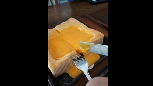 Đen Đá Cafe - Trà Sữa & Trà Đào - Sư Vạn Hạnh