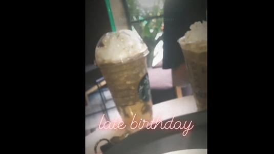 Starbucks Coffee - Hàng Bài