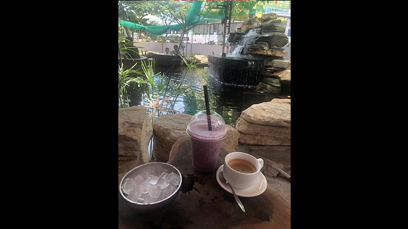 Đủng Đỉnh Coffee