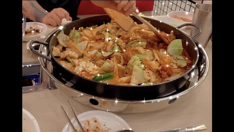 Paik Jong Won Kitchen