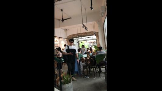 Coffee Hut - Trương Quyền