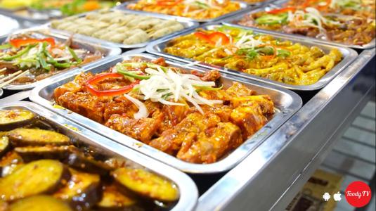 """Ăn mệt nghỉ, nướng mỏi tay với """"BUFFET BBQ 99K"""" quá trời món trên Hòa Khánh]"""