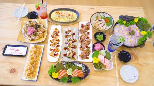 Sushi gia đình siêu ngon từ cô chủ nhỏ