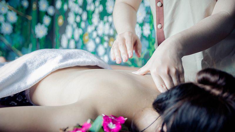 Trải nghiệm phương pháp trị liệu tại Herbal Spa