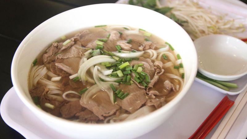 Sang trọng, mỹ miều hương vị Phở Việt Kiều.