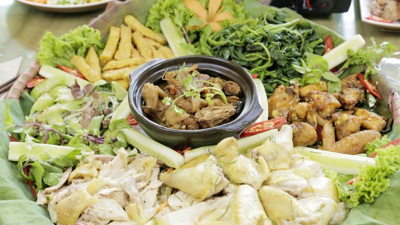 """Nức lòng """"HƯƠNG VỊ DÂN DÃ"""" ở nhà hàng nổi danh với các món đồng quê Việt"""