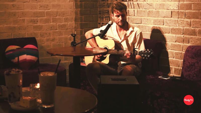 Acoustic kèm món mới tại Mandala Coffee