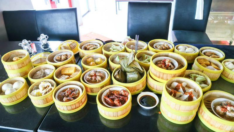 Buffet Dimsum + Lẩu 2 vị