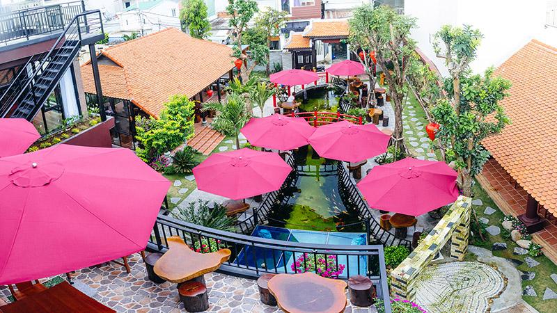 Nhà hàng sân vườn cực sang chảnh