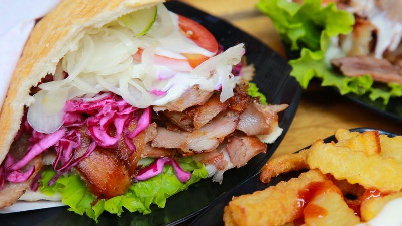 Doner Kebab thịt đẫm mồm phố Lương Ngọc Quyến