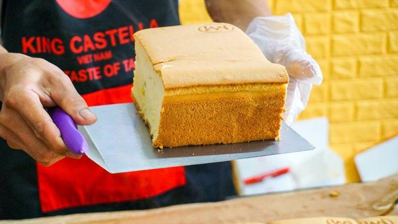 King Castella - Bánh Bông Lan Khổng Lồ
