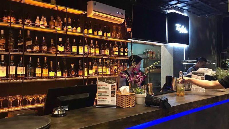 """Ngắm Đà Nẵng lên đèn lung linh ở """"ROOFTOP PUB - CAFE"""" mới toanh view sông Hàn]"""