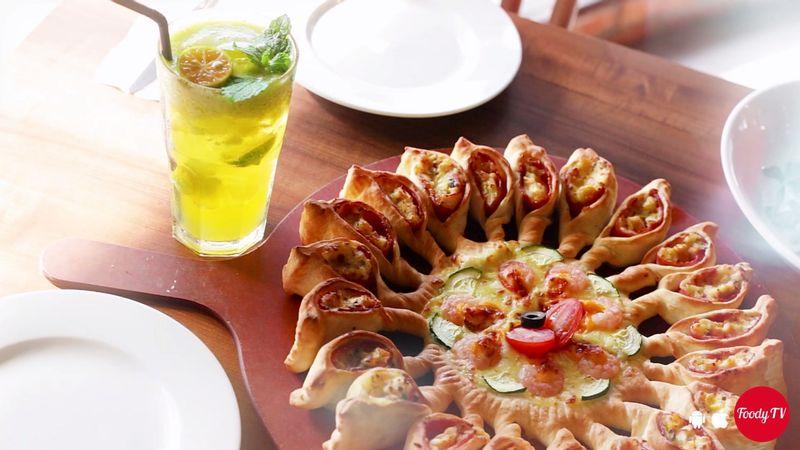 """[Đỉnh cao hương vị mùa thu """"PIZZA MẶT TRỜI - MẶT TRĂNG"""" mới ra mắt tại Pizza Hut]"""