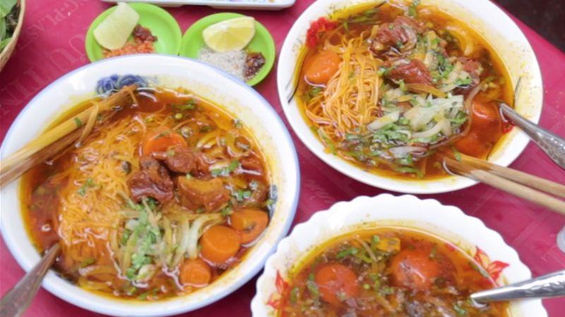 Bò kho Võ Văn Tần