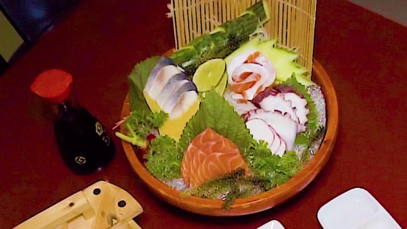 """[Ngồi nhà ship nguyên """"THUYỀN SUSHI, SASHIMI"""" hoành tráng về ăn]"""