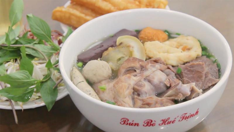 Trịnh - Bún Bò Huế